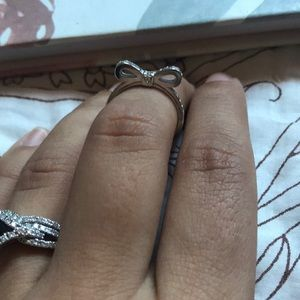 Pandora Classic Bow ring size 6 silver NWOT